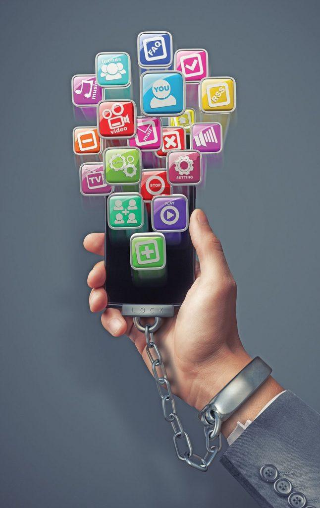 Nomofobi Sosyal Medya İlişkisi