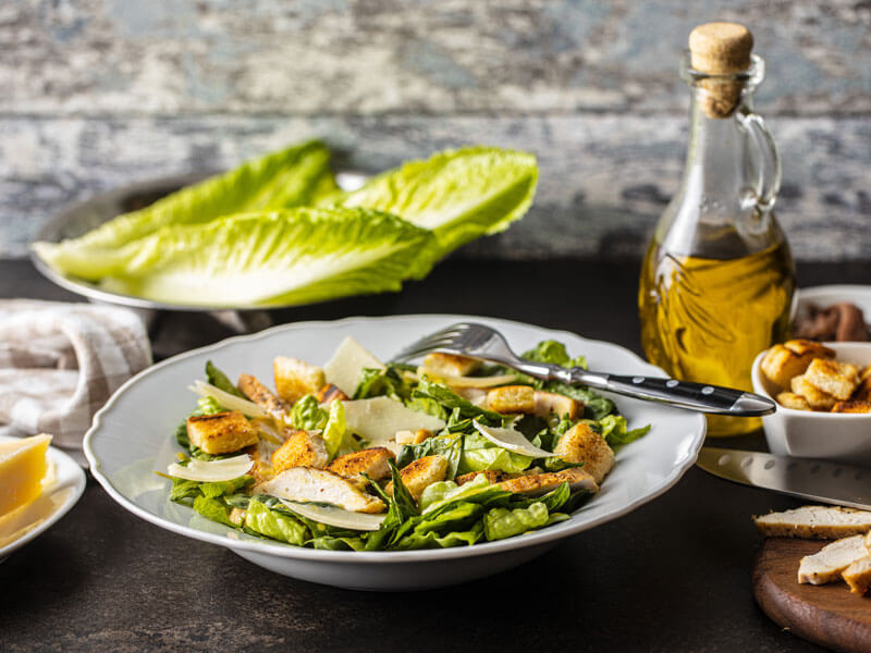 Sezar Salatası