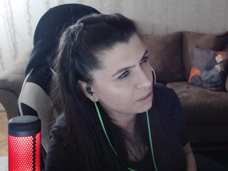 Fulya Eren (NemesisTV) Twitch'e Nasıl Başladı?