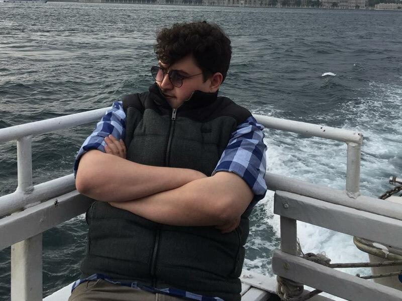 Oğulcan Orhanoğlu Hangi Mesleği Yapmaktadır?