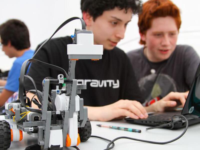 Robot Kodlama Kursunda Neler Öğrenilir?