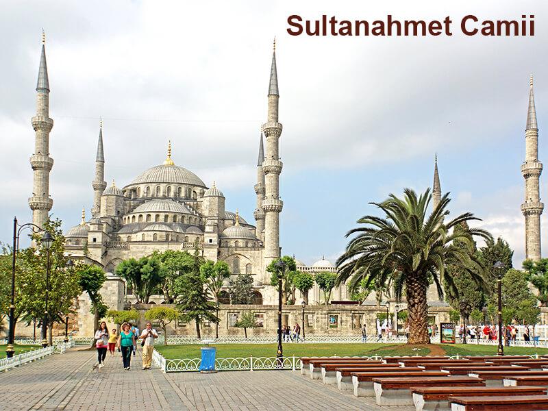 Sultanahmet Camii (Blue Mosque) & Sultanahmet Meydanı