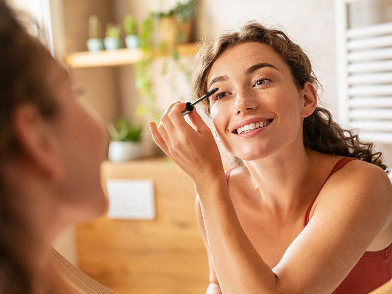 Göz makyajınız için suya dayanıklı olan ürünleri kullanın