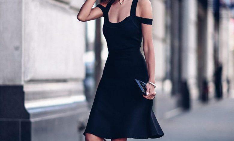 Siyah Elbisenin Altına Ne Renk Ayakkabı Giyilir?