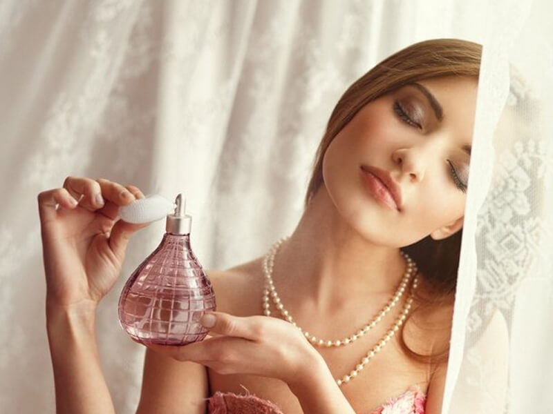 Evde parfüm yapımı aşamaları alkolsüz kolay