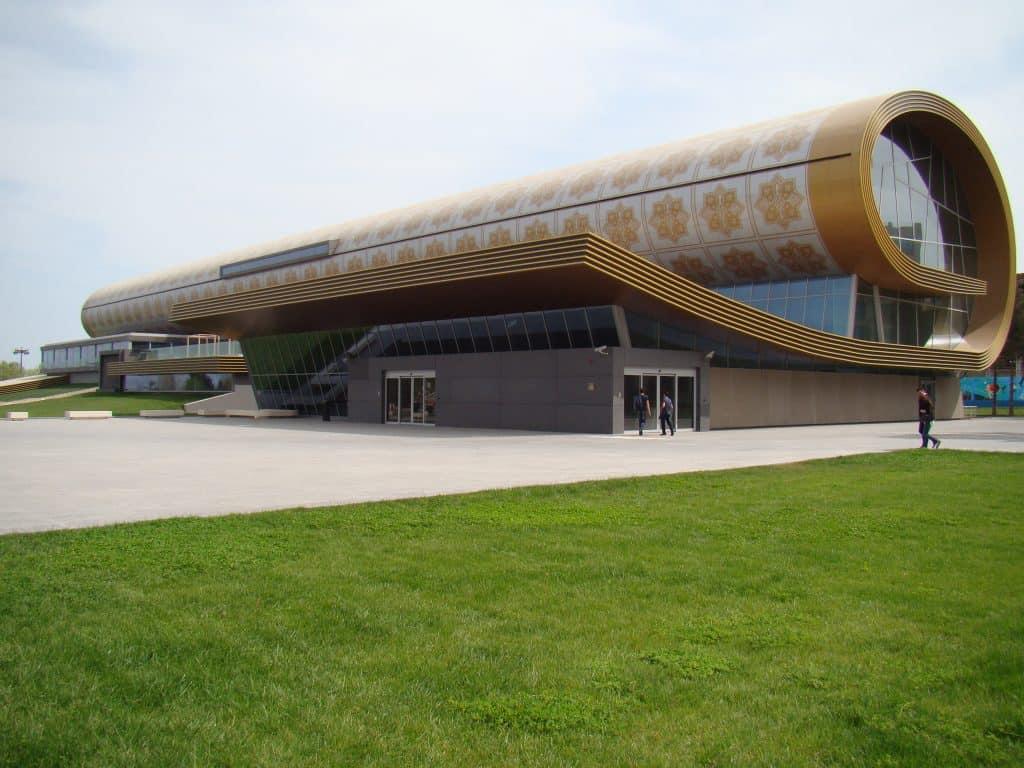halı sergisi binası bizimle gez