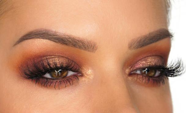 Bronz Cilt için Göz Makyajı